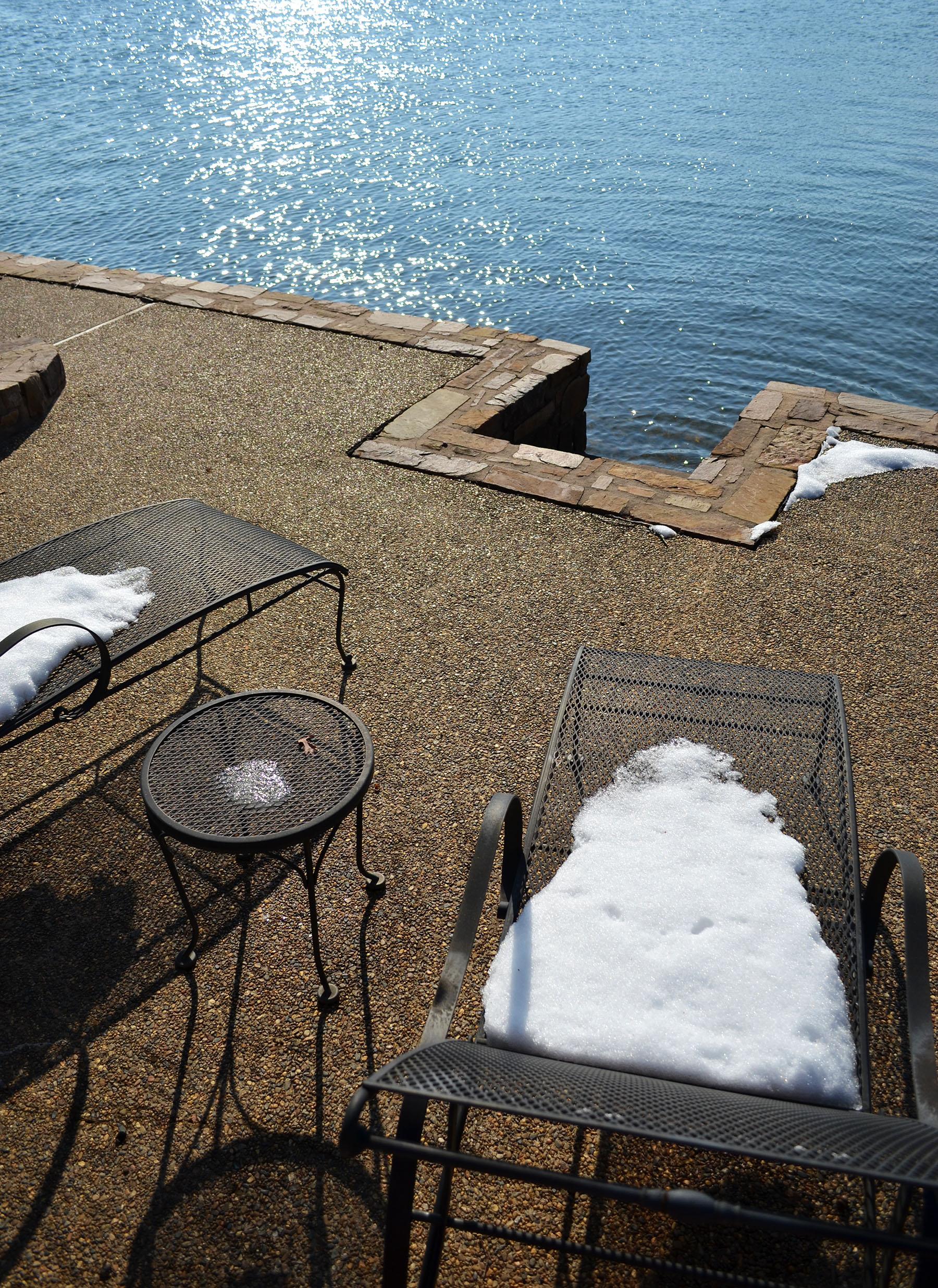 Anyone up for sunbathing?