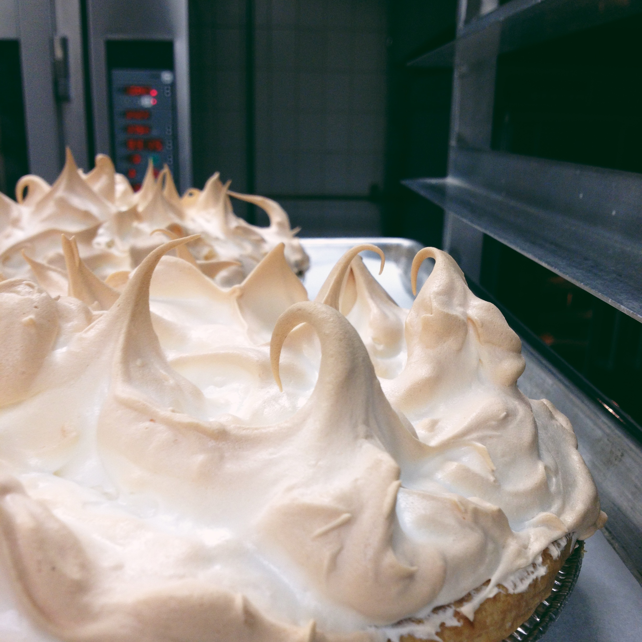 Meringue Curls