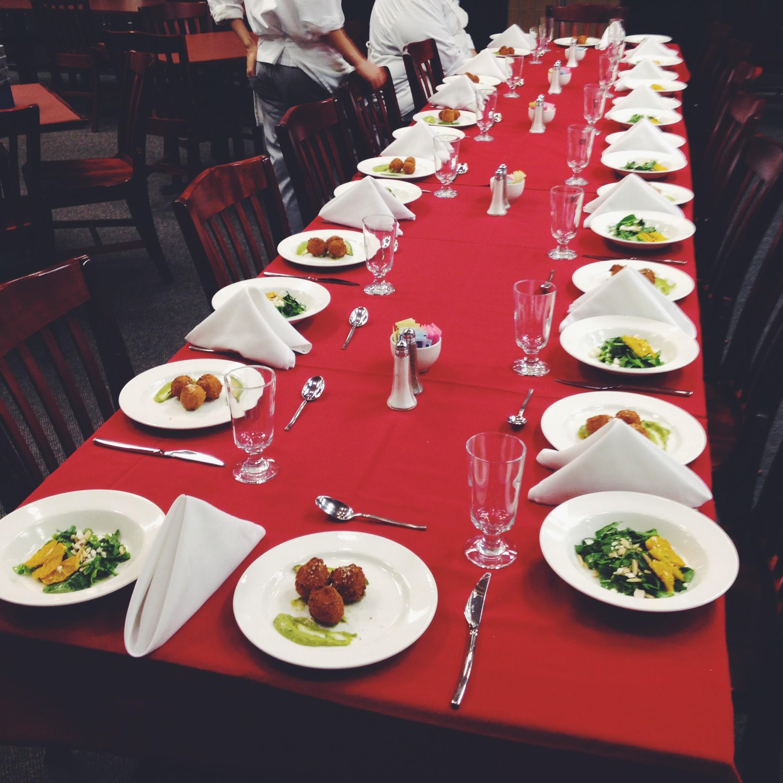 Sit-Down Dinner 1